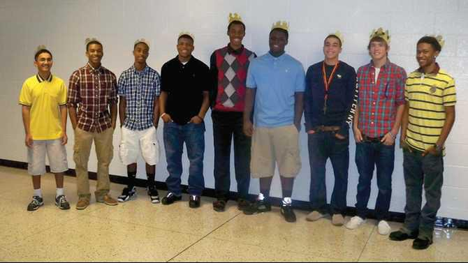 HHS-kings-2011-Homecoming-S