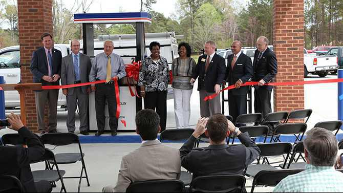 cng-ribbon-cutting