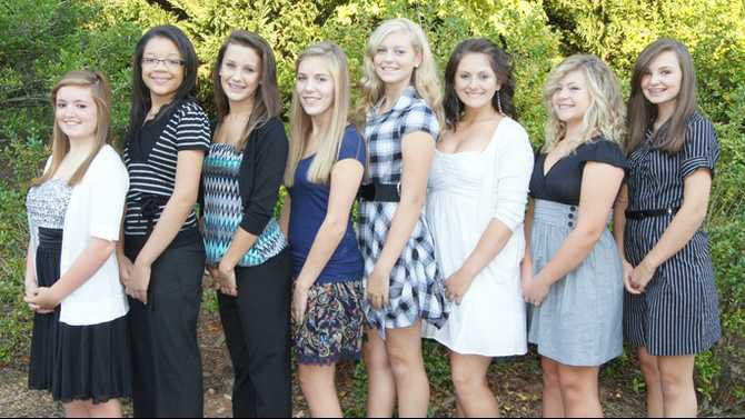 Peachtree 2011-Homecoming-Court