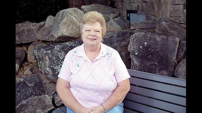 Pat-Singleton---breast-cancer-profile---less-pale-IMG 1512