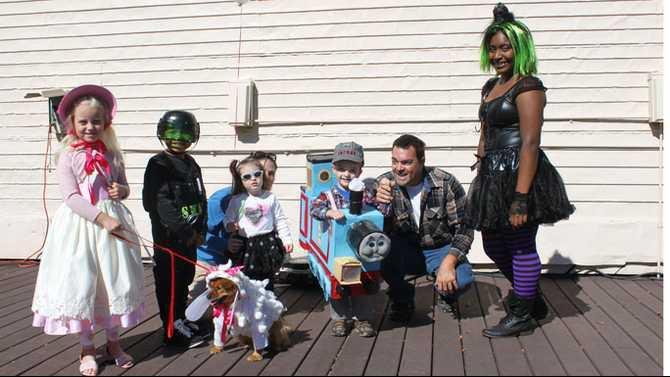 IMG 0041 kids costume contest particpants 2012