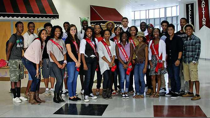 RCHS-Homecoming-2012-court-