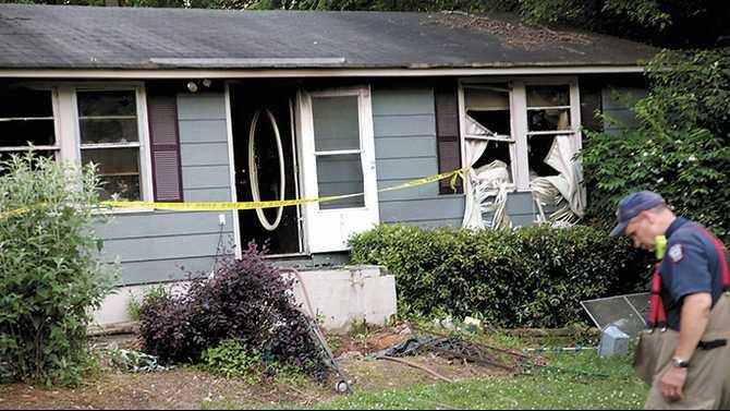 Fatal house fire on W Adair Circle 5-23-13 MK IMG 6430