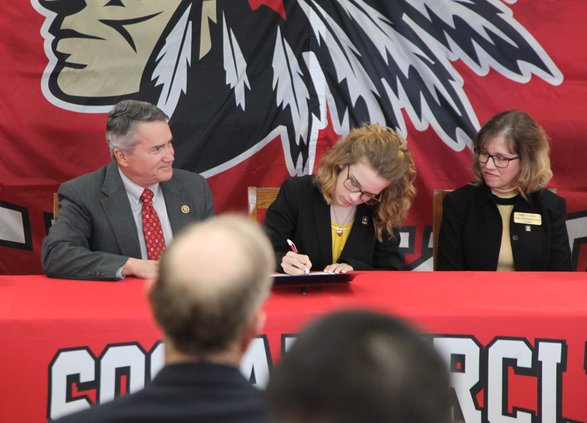 Ashley Clegg signs commitment to West Point.jpg
