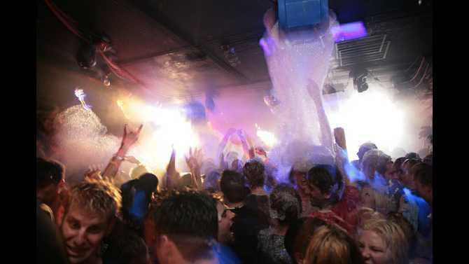 HLR-FOAM-PARTY-02